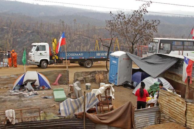 Valparaíso tenta se reerguer após incêndio Rafaela Ely/Agencia RBS