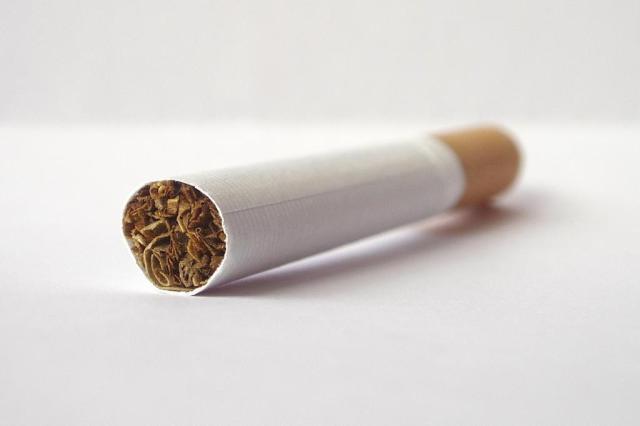 Saiba qual a relação entre cigarro e dores nas costas Vjeran Lisjak/stock.xchng