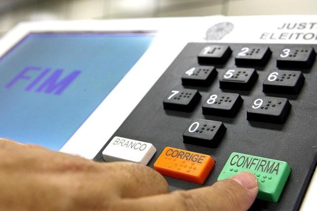 Rejeição ao voto obrigatório chega a 61% no Brasil Nelson Jr/Asics/TSE
