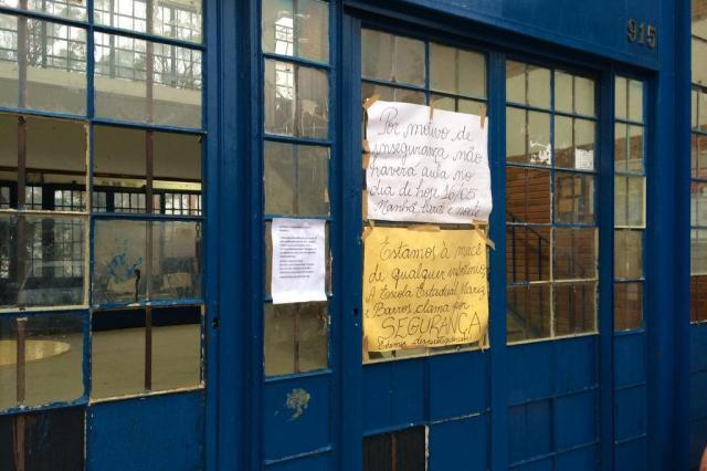Por medo da violência, escola passa quatro dias fechada Carlos Ismael/Carlos ismael