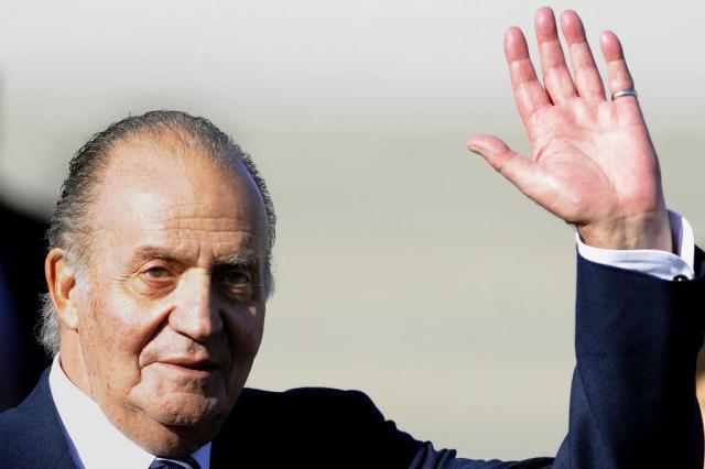 Rei Juan Carlos da Espanha abdica após 39 anos no trono CRISTINA QUICLER/AFP
