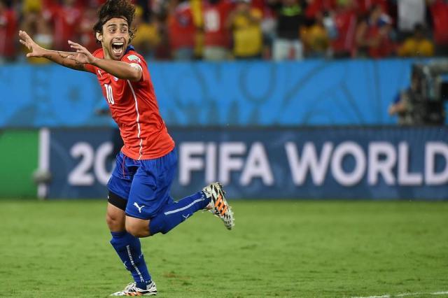 Chile leva susto, mas vence a Austrália por 3 a 1 na Arena Pantanal WILLIAM WEST/AFP