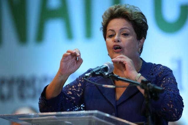 """Uso da rede do Planalto para mudar perfis na Wikipédia é inadmissível"", diz Dilma  Diego Vara/Agencia RBS"