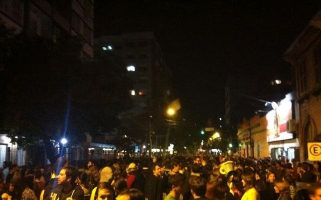 A visão feminina sobre a noite de Porto Alegre tomada por estrangeiros FêCris Vasconcellos/Agência RBS