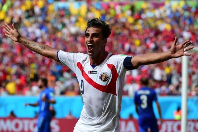 """Costa Rica vence a Itália e garante a classificação no """"grupo da morte"""" Ronaldo Schemidt/AFP"""
