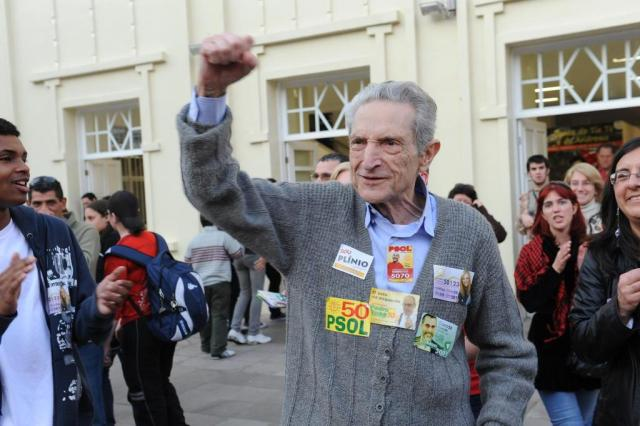 Morre ex-deputado Plínio de Arruda Sampaio, aos 83 anos Lauro Alves/Agencia RBS