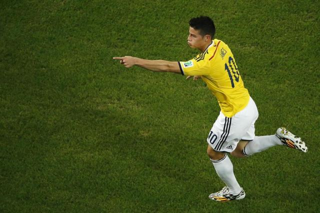 Real Madrid paga 80 milhões de euros e anuncia James Rodríguez FABRIZIO BENSCH/POOL/AFP