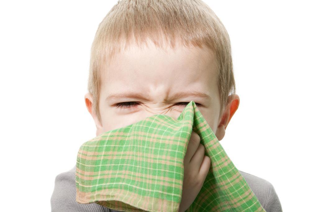 Pediatras alertam para o falso diagnóstico de tosse alérgica Ilya Andriyanov/Deposit Photos