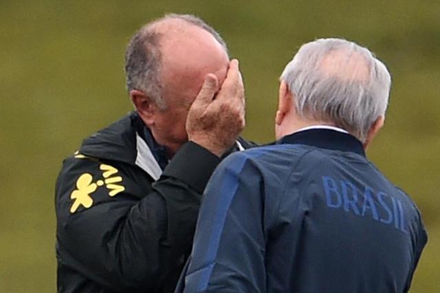 Está na hora de trazer um técnico estrangeiro para a Seleção? VANDERLEI ALMEIDA/AFP/AFP