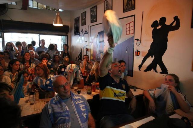 Onde foram parar os argentinos na fan fest? Adriana Franciosi/Agencia RBS
