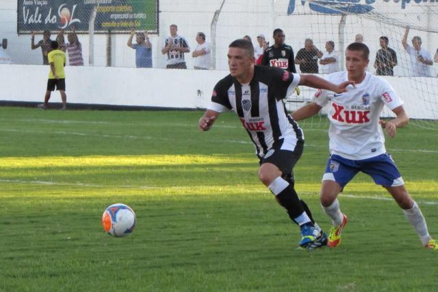 Jogador morre carbonizado em acidente em Santa Cruz do Sul FC Santa Cruz/Divulgação