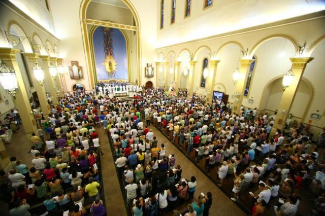 Inglaterra aceita mulheres bispos e ilustra avanço feminino em igrejas Daniel Marenco/Agencia RBS