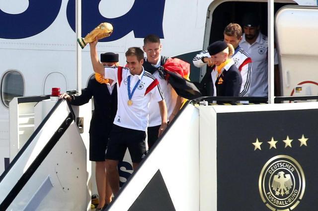 Seleção da Alemanha é recebida com festa em Berlim ADAM BERRY/AFP