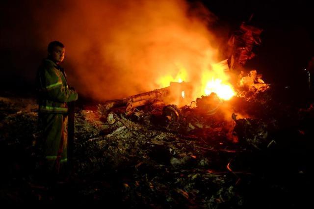 EUA culpam separatistas pró-Rússia por queda de avião DOMINIQUE FAGET/AFP