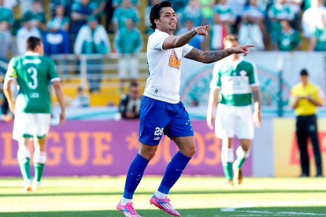 Cruzeiro vence o Palmeiras e dispara na liderança do Brasileirão Miguel Schincariol/Lancepress!/