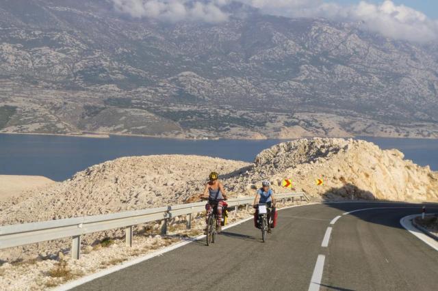 Casal percorre 4,5 mil quilômetros de bicicleta pela Europa Arquivo pessoal/Arquivo pessoal