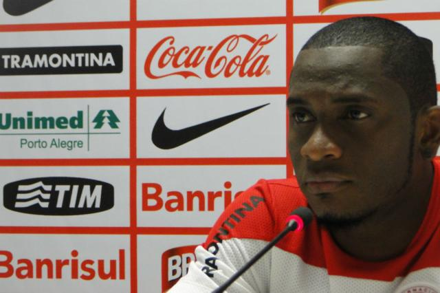 Tranquilo com D'Alessandro, Willians garante foco apenas no Inter Augusto Turcato/Agência RBS