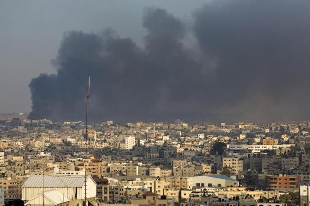 ONU abre investigação sobre ofensiva israelense em Gaza MAHMUD HAMS/AFP
