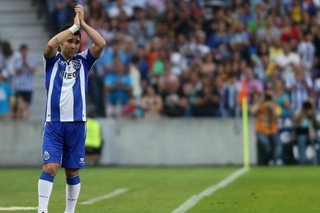 Despedida de Deco tem empate entre Porto e Barcelona PEDRO TRINDADE/AFP
