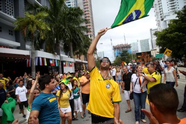 Imigrantes sul-americanos altamente instruídos vêm criando raízes em Miami Angel Valentin/NYTNS