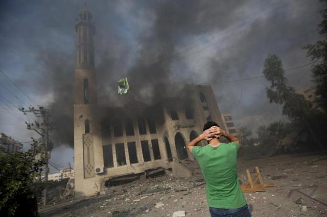 Hamas está pronto para cessar-fogo de 24 horas, diz OLP MAHMUD HAMS/AFP