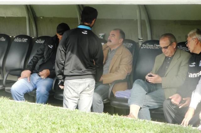 FOTO: Murtosa acompanha treino do Grêmio no Olímpico Wendell Ferreira/Agencia RBS