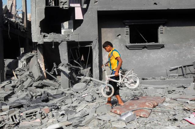 Novo ataque contra escola da ONU mata 10 palestinos em Gaza Said Khatib/AFP