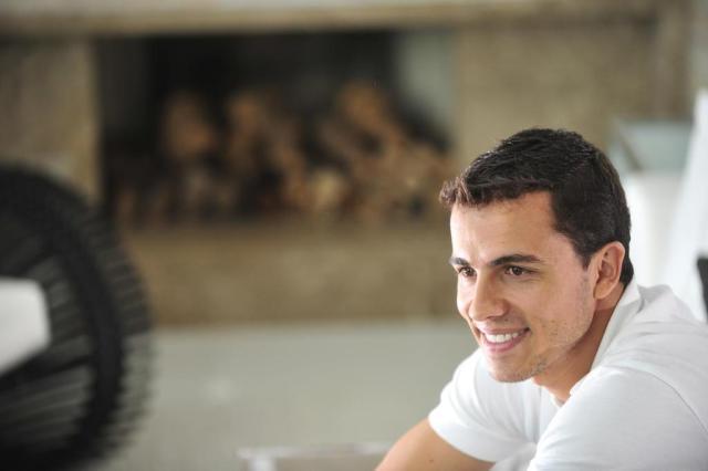 Nilmar ainda não foi liberado de seu contrato com o Al-Jaish Diego Vara/Agencia RBS