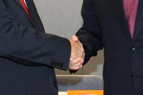 Conheça 4 dicas para melhorar sua capacidade de negociação  (Ver Descrição/Ver Descrição)