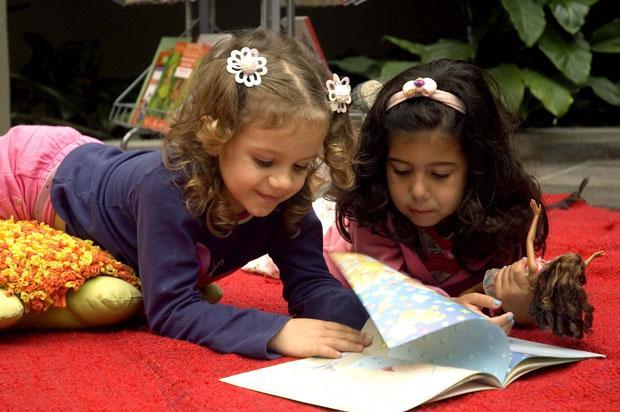 Dicas para ajudar as crianças a criar responsabilidade nos estudos Ronaldo Andrade/Divulgação