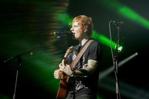 Ed Sheeran canta música inédita em show Jesse Dittmar/NYTNS