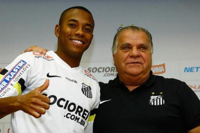 De volta ao Santos, Robinho quer jogar clássico contra o Corinthians Ricardo Saibun/Santos FC/