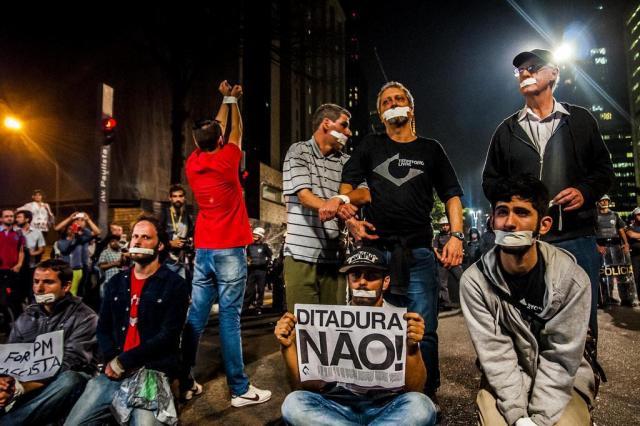 """Governador de São Paulo, Geraldo Alckmin diz que ativistas foram presos por """"vários fatores"""" CRIS FAGA/FOX PRESS PHOTO/ESTADÃO CONTEÚDO"""