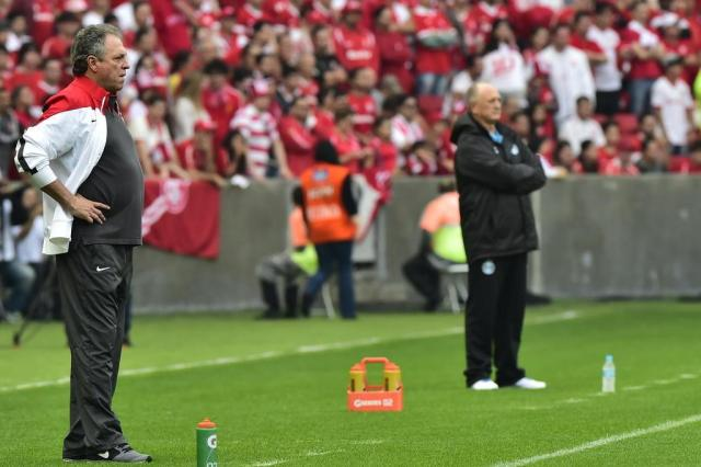 "Abel manda ""recado"" à direção e condiciona títulos à permanência de Aránguiz Tadeu Vilani/Agencia RBS"