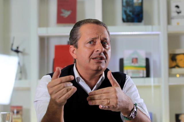 Eduardo Campos não pôde ser reconhecido pela arcada dentária Cristiano Mariz/Especial