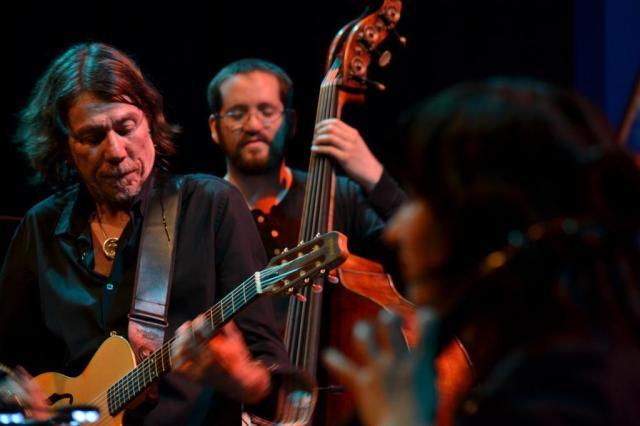 Lenine revê três décadas de carreira em show com Orquestra de Câmara da Ulbra Tami Toledo Matuoka/Divulgação