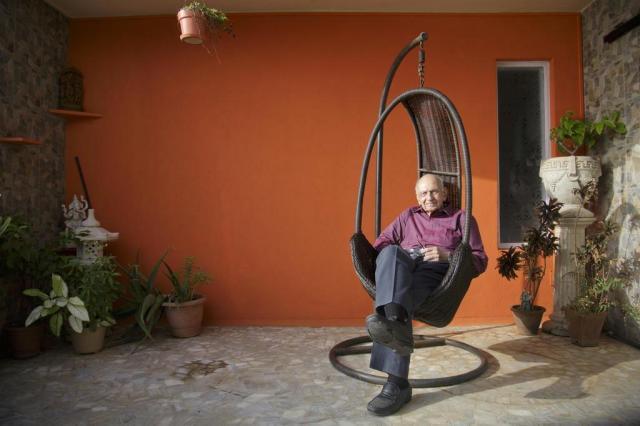 Médico de 90 anos dá conselhos sexuais na Índia Kuni Takahashi/NYTNS