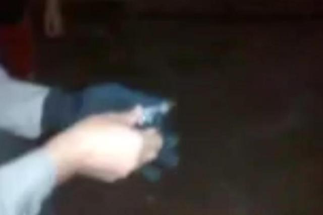VÍDEO: Brigada apreende chaveiro que se transforma em arma de fogo Brigada Militar/Reprodução