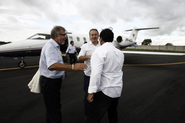 Polícia Federal e Anac investigam uso de dois aviões por Eduardo Campos Luiz Tito/Agência A Tarde