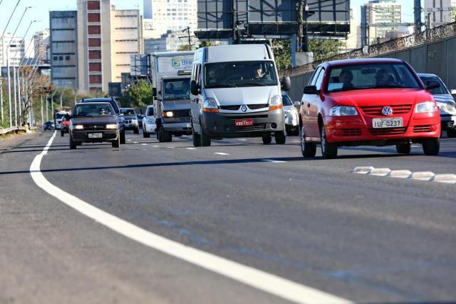 Novas placas da Avenida da Legalidade custarão R$ 2,3 mil Júlio Cordeiro/Agencia RBS