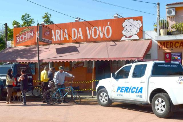 """""""Anos atrás, tentaram afogar a vó no vaso"""", conta vizinha de idosa que matou assaltante Jornal O Lourenciano/Divulgação"""