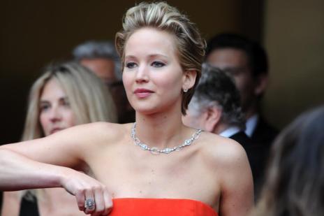 FBI e Apple investigam divulgação de fotos de celebridades nuas (0/Robyn BECK)