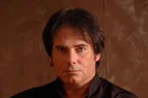 Vocalista da banda Survivor é encontrado morto Divulgação/Facebook oficial do cantor