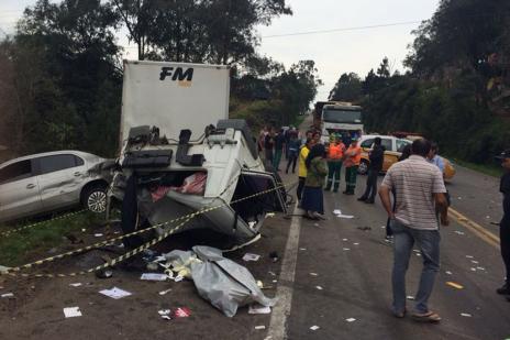 """""""Foi um grande susto"""", desabafa condutora de Voyage envolvida em acidente com morte na ERS-122 em Caxias (Roni Rigon/ Agência RBS/)"""