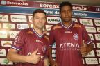 Meia Preto e lateral Peixoto são apresentados pelo Caxias, mas só um pode jogar domingo Rafael Tomé/Divulgação,Caxias