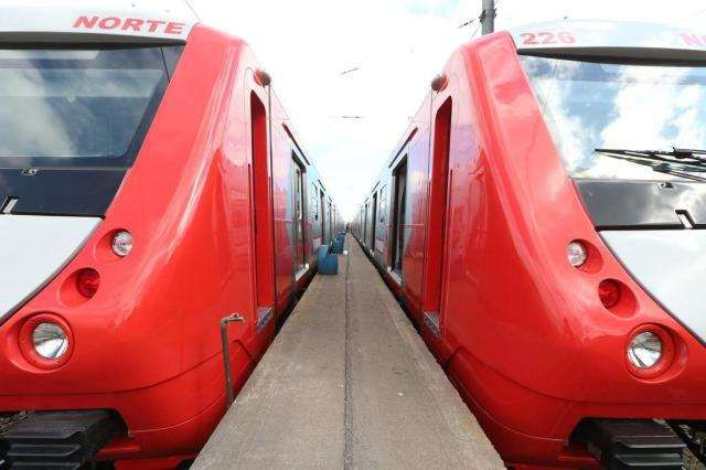 Primeiro dos quinze novos trens começa a operar na segunda-feira Diego Vara/Agencia RBS
