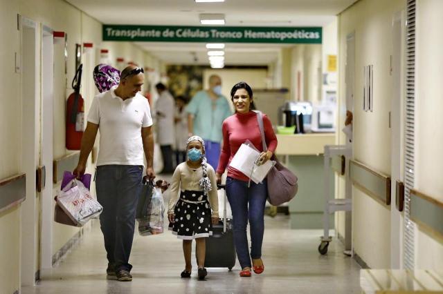 Menina que recebeu doação de medula da irmã tem alta do hospital Ricardo Duarte/Agencia RBS
