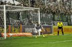 Com apenas um goleiro para as finais, Inter pode improvisar zagueiro como reserva de Keiller Sirli Freitas/Agencia RBS