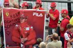 Comentarista diz que Schumacher está acordando lentamente GIUSEPPE CACACE/AFP