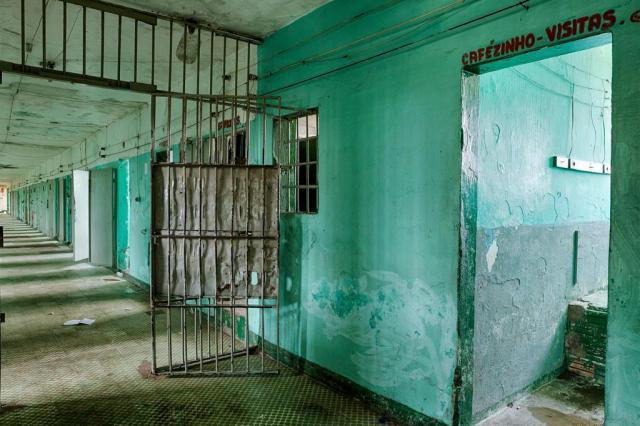 Interdição do Central faz com que presos fiquem em delegacias Omar Freitas/Agencia RBS